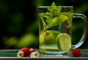 bienfaits de l'eau citronné