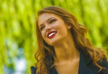 6 erreurs beauté qui vieillissent la peau